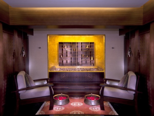 Best Spa Abu Dhabi Shangri-La Chi Spa Patra Pinda Sweda Treatment