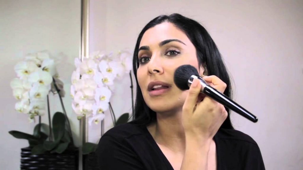 How to Perfect the No-Makeup Makeup Look Just in Time for Ramadan